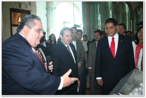 El Director General de SANILOCK® invita al Gobernador de Durango Jorge Herrera Caldera a dar inicio a la 1era. Rifa de Aniversario.