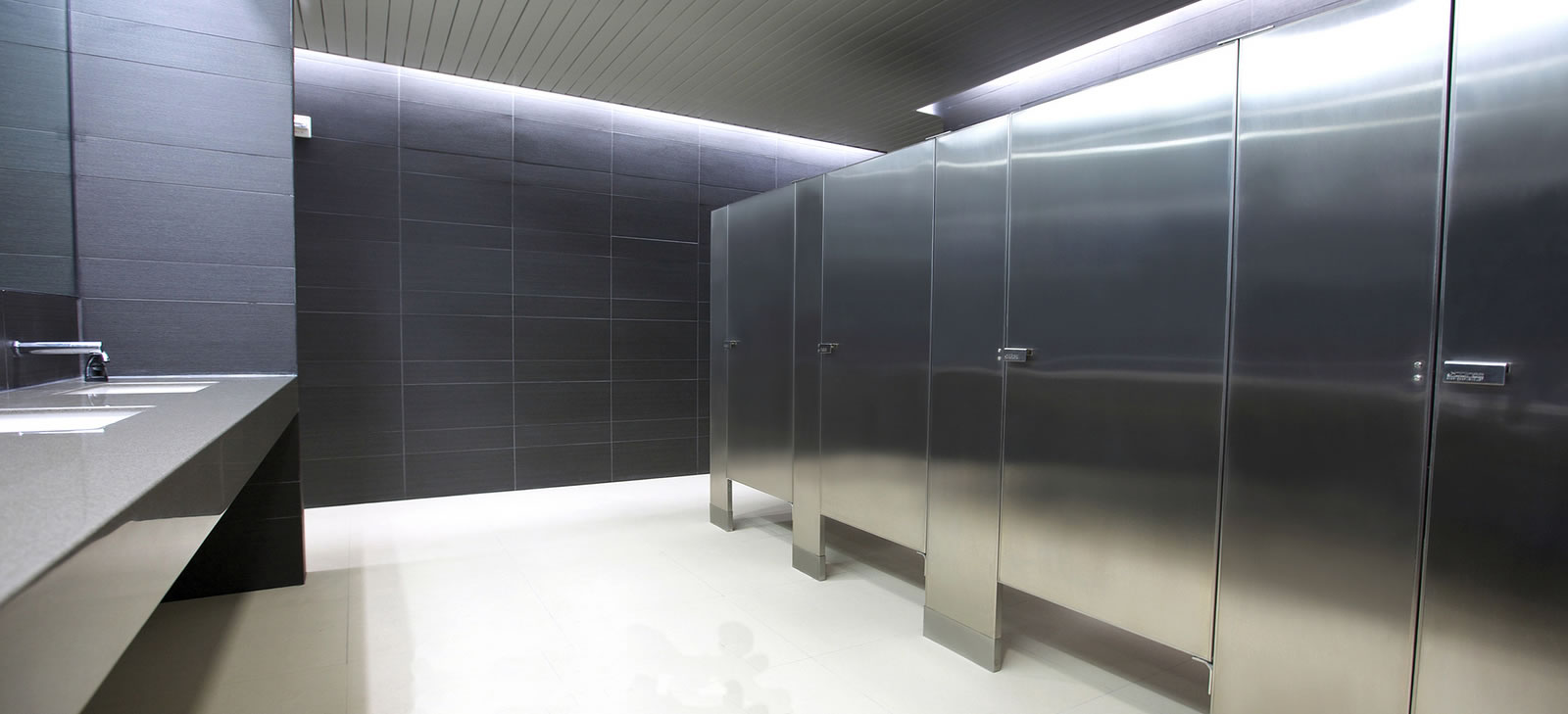 Medidas Baño De Servicio:Mamparas para sanitarios públicos, Mamparas sanitarias, Sanilock
